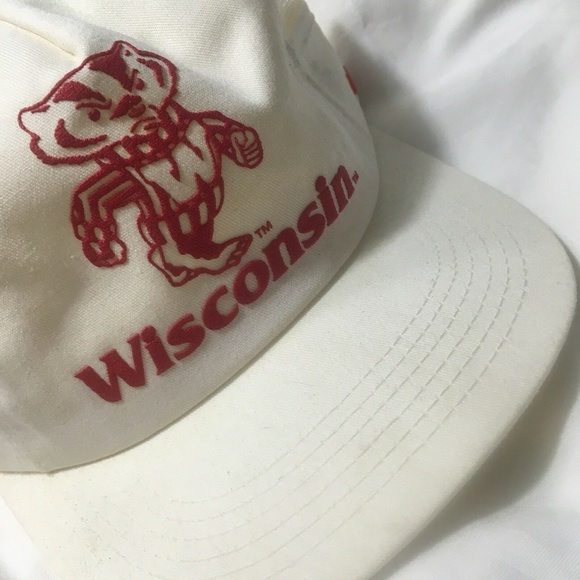 Wisconsin Badgers Other - Vintage Wisconsin Badgers White OS Trucker